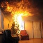 Luci di natale incendio l'albero: muore commercialista, ricoverate moglie e figlia a Pistoia