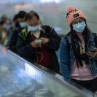 L'infezione si diffonde fuori dalla Cina. Via ai controlli della febbre negli aeroporti