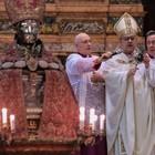 San Gennaro, si rinnova il miracolo Sepe: Napoli bella ma martoriata