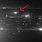 Sta per atterrare sopra un altro aereo, il pilota fa un miracolo ed evita la strage