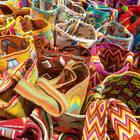 Dalla borsa di Bali alla gonna di Ibiza, i must have estivi vengono da tutto il mondo