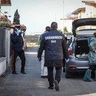 Ragazzo di 17 anni positivo in Valtellina: protocollo su studenti a Sondalo, Livigno, Bormio e Valfurva. Famiglia infuriata: «Non ci hanno avvisati»